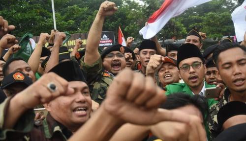 Foto GP Ansor Tegaskan, Bendera yang Dibakar Itu HTI