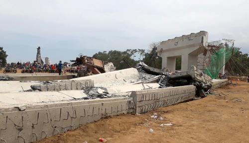 Foto Pengerjaan Proyek Jalan Tol Semarang- Batang Terus Dikebut