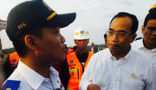 Foto Menhub Pede, Jalan Tol Jakarta-Surabaya Rampung Sebelum Lebaran