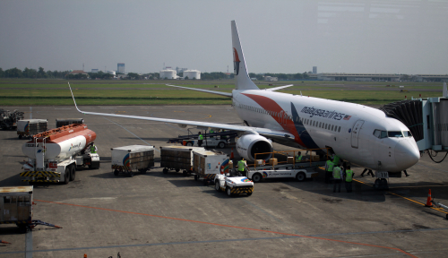 Foto Malaysia Airlines Mendarat Darurat di Australia
