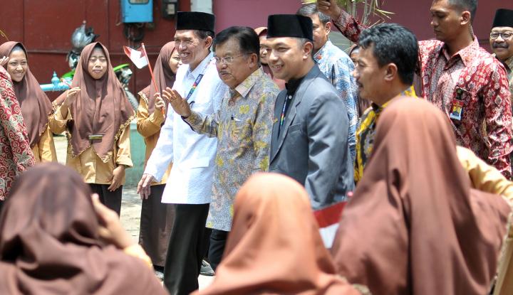 Foto Berita JK: Golkar Harus Solid, Novanto Harus Taat