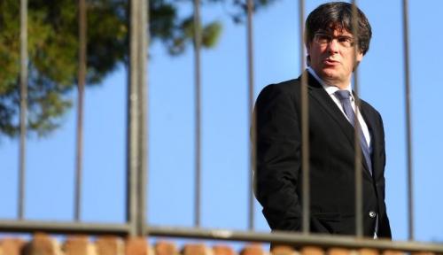Foto Puidgemont: Bebaskan Para Menteri dan Wakil Presiden Catalonia!