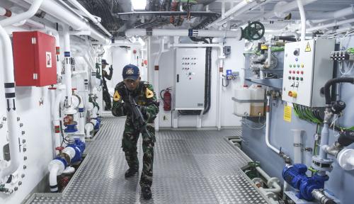 Foto TNI Amankan Kapal Buronan Interpol di Perairan Aceh