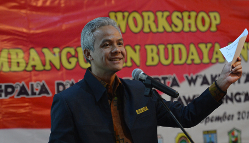 Foto Prabowo Pindahkan Markas ke Jateng, Ganjar Siap Pasang Badan?