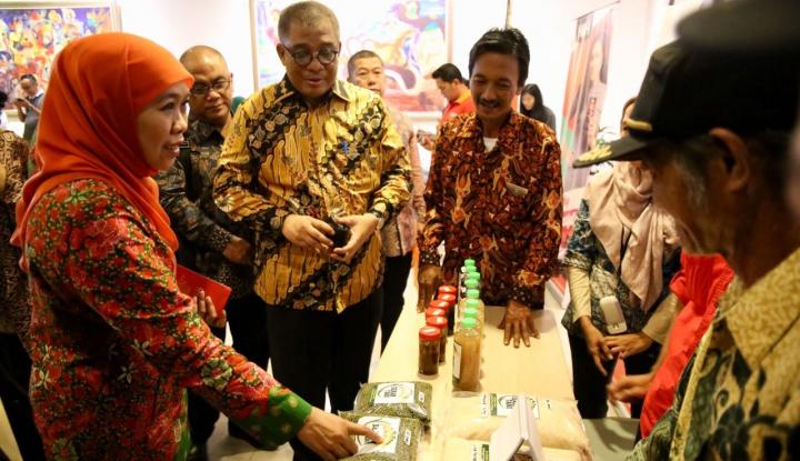 Foto Berita Mensos Resmikan Desa Berbasis Enterpreneurship