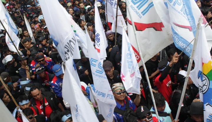 Buruh DKI Minta Anies Berani Tetapkan UMP Rp4,6 Juta - Warta Ekonomi