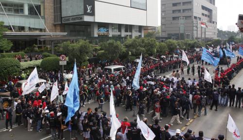 Foto Wakapolri Temui Menkopolhukam Bahas Pengamanan May Day