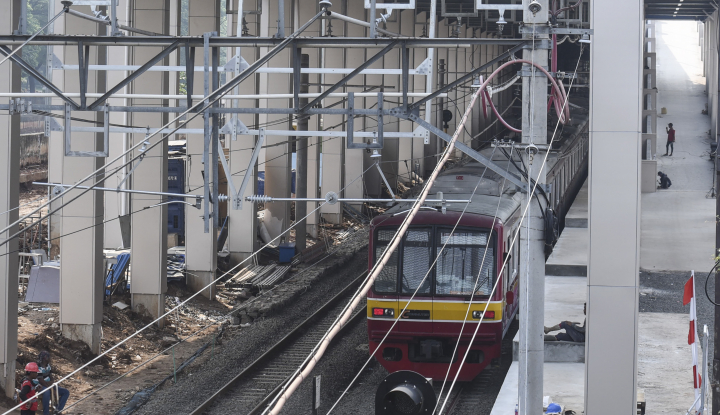 Foto Berita Jakarta Akan Segera Punya Jalur Kereta Api Layang