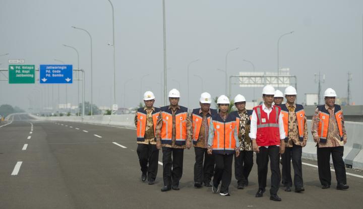 Foto Berita Tragedi Konstruksi Tol Becakayu, Pemerintah Stop Sementara Proyek Jalan Layang