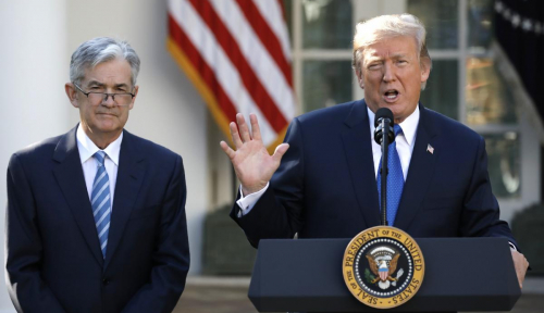 Foto Trump Mengaku Tak 'Happy' Soal Kenaikan Suku Bunga The Fed