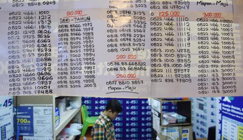 Foto Imbas Registrasi Prabayar, Wakil Rakyat Ini Prihatin Omzet Penjual Pulsa Turun