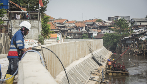 Foto Pemprov DKI Alokasikan Rp1,3 Triliun untuk Tangani Banjir