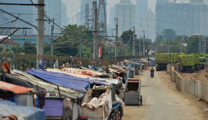 Foto Berita Jumlah Penduduk Miskin Turun, Terbesar di Desa