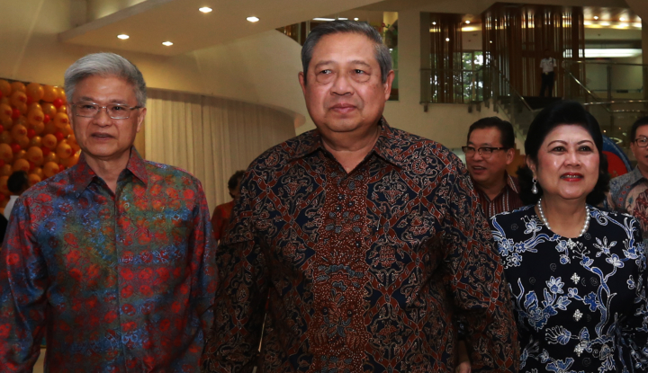 Foto Berita SBY dan Istri Hadiri Pernikahan Kahiyang-Bobby