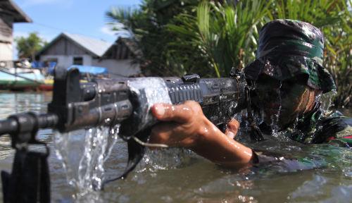 Foto Lima Anggota TNI Diserang di Papua
