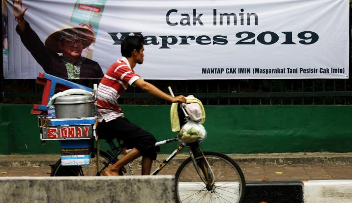 Foto Berita Pede Jadi Cawapres Jokowi, Cak Imin Resmikan Posko