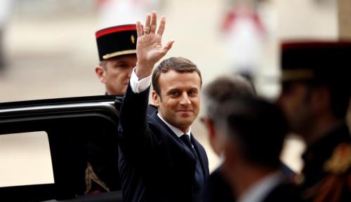 Foto Macron ke PM Israel: Prancis Patuhi Pakta Nuklir Iran