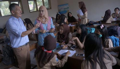 Foto Puluhan Anak Keracunan Makanan di Sekolah, Siapa Tanggung Jawab?