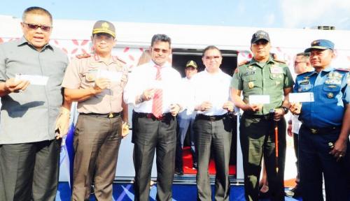 Foto Gubernur Syahrul Uji Coba Kereta Api Trans Sulawesi
