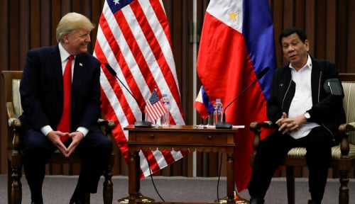 Foto Presiden Duarte: AS Dilarang Tempatkan Rudal di Wilayah Filipina