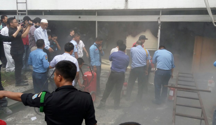 Foto Berita Gedung DPR RI Terbakar