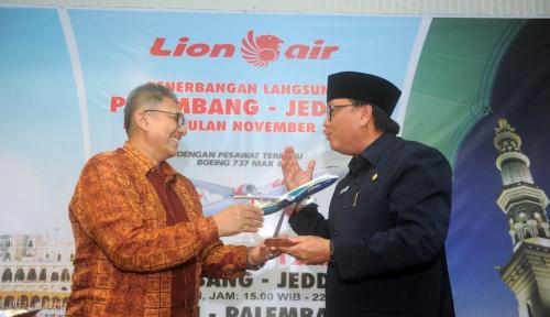 Foto Penerbangan Umroh Palembang-Jeddah Resmi Beroperasi