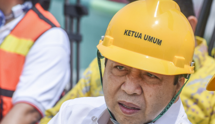 Foto Berita Jumat Keramat, Papa Novanto Resmi Ditahan KPK