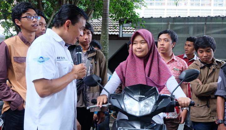 Foto Berita AXA Mandiri & AXA Lakukan Edukasi Keuangan di Yogyakarta