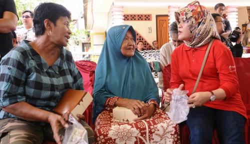 Foto Peduli Kesehatan Masyarakat Medan, Telkomsel Gelar Periksa Kesehatan Gratis