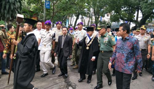 Foto Panglima TNI Beberkan Ancaman Masa Depan Bangsa