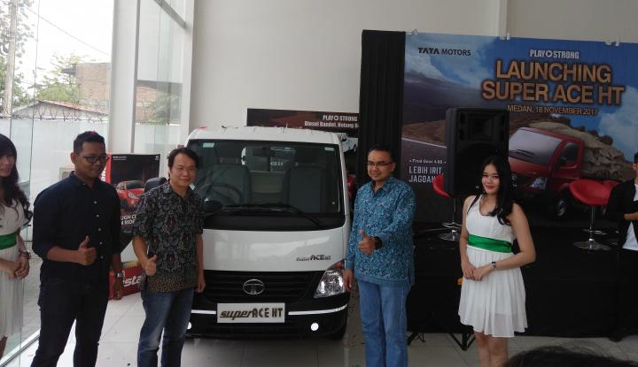 Foto Berita Perkuat Pasar Otomotif, Tata Motors Luncurkan Mobil Pick Up di Medan