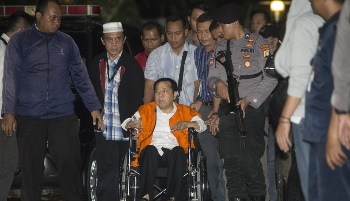 Foto Berita Jadi Saksi Hilman si Sopir Bekas Wartawan, Novanto Kena Cecar Polisi