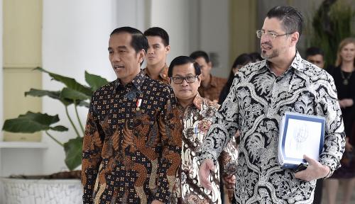 Foto Di Malaysia, Jokowi Akan Bahas Ini