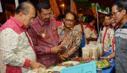 Foto Gubernur Fokus Tingkatkan Produk Unggulan di Sumut