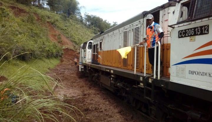 Foto Berita KA Logistik Bakal Layani Distribusi Barang 200 Negara