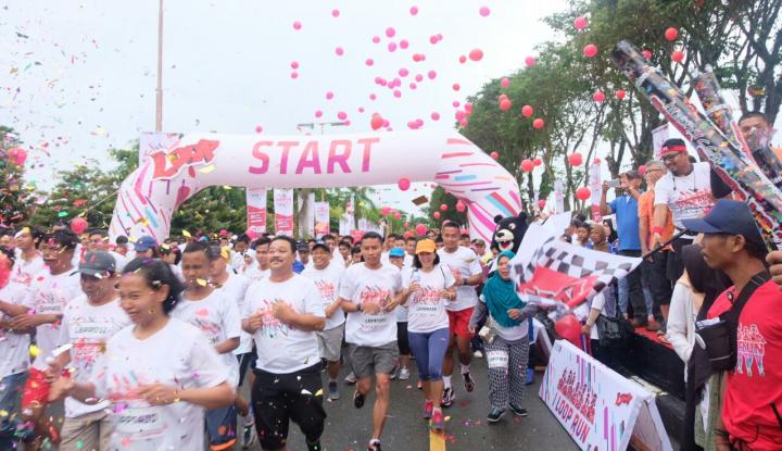 Foto Berita 6 Ribu Pelari Ramaikan I Loop 5K Fun Run di Balikpapan