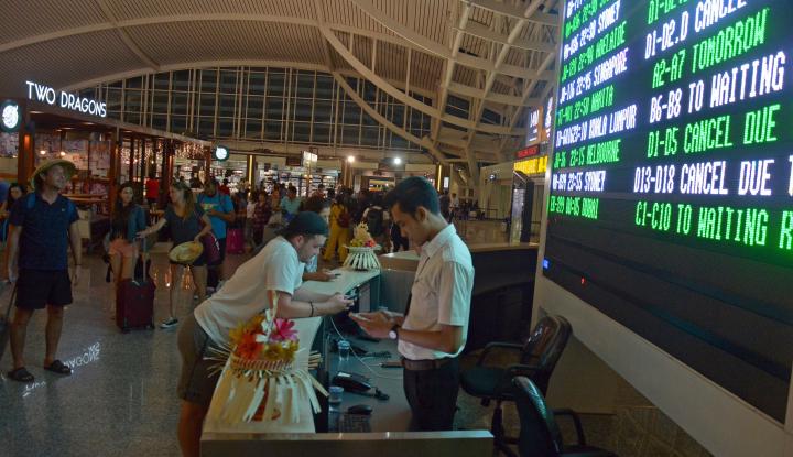 Foto Berita Proyek Apron Bandara Bali Capai 54%
