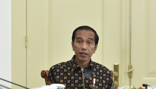 Foto Jokowi Tolak Kursi Empuk dari Golkar
