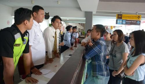Foto Bandara Ngurah Rai Mulai Gencar Gunakan Bahasa Lokal