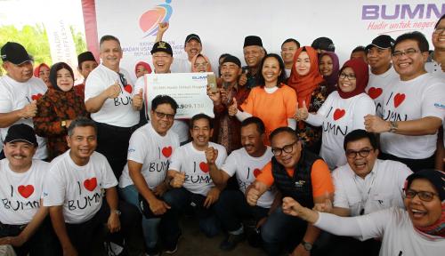 Foto Forum Komunikasi CSR Sulut Imbau Bantuan BUMN-BUMD Tepat Sasaran