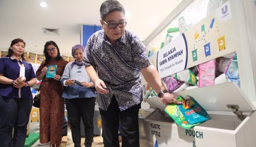 Foto Unilever Gandeng Hypermart Atasi Masalah Sampah