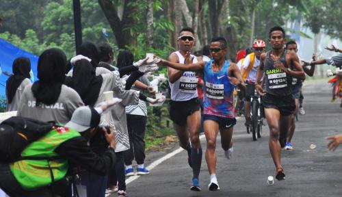 Foto Pemda NTB Kembali Gelar Lari Ekstrem 100 Km