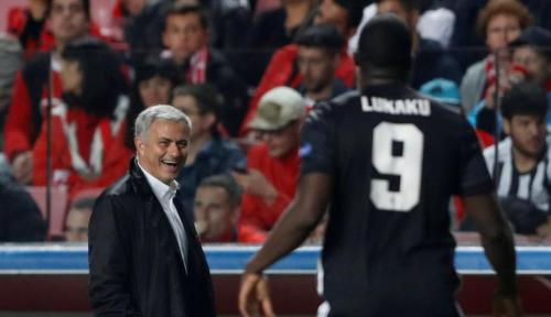Foto Mourinho Sukses Buat Eks Timnya Gigit Jari