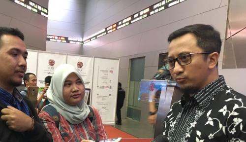 Foto Ribuan Jamaah Ustadz Yusuf Mansur Datangi Bank Muamalat