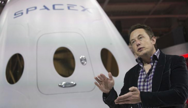 Ambisi Elon Musk Gak Main-Main, Bumi dan Mars Akan Terhubung Lewat Internet