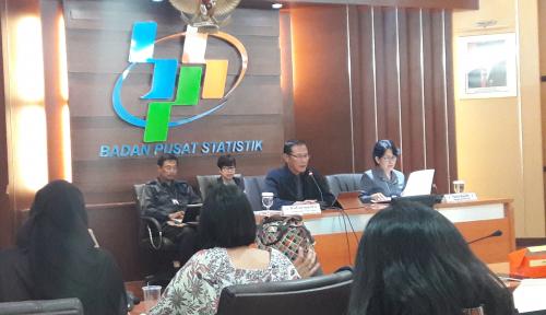 Foto Inflasi November Dipicu Harga Cabai Merah dan Beras