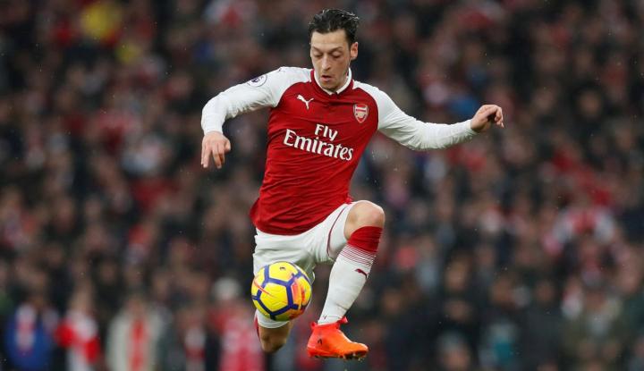 Foto Berita Arsenal Dibikin Gigit Jari Karena Tandukan Harry Kane
