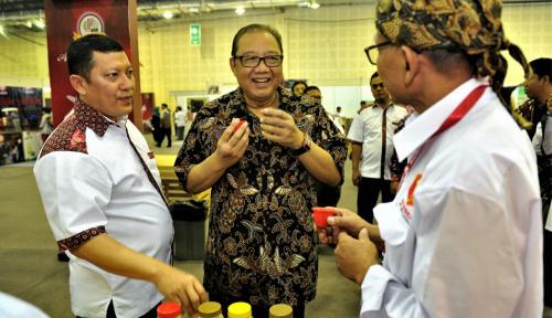 Foto Menkop Terus Dorong UMKM Kuliner Indonesia Miliki Hak Cipta