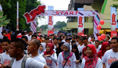 Foto 2.000 Anak Muda Tasikmalaya Ikut I LOOP RUN 5K Telkomsel
