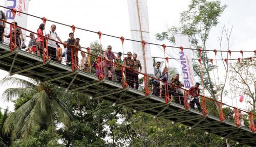 Foto Sinergi BUMN Bangun Infrastruktur